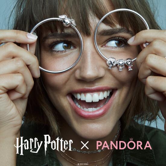 Колекція ювелірних прикрас HarryPotter x Pandora знову в продажу!