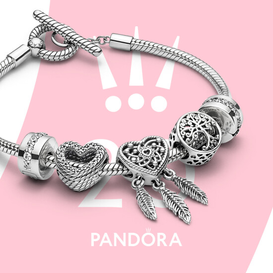 At the end of the summer of 2020, Pandora presented a new collection
